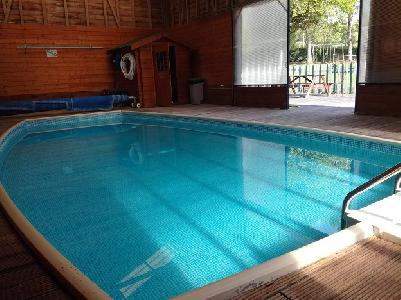 Au Domaine d'Etreuille gite pour 31 avec piscine proche de la mer