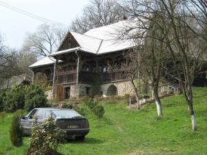 Maison traditionelle unique au Maramures(Transylvanie)