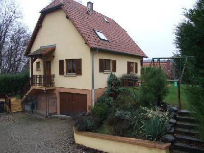 maison 5 pièces de 110m² à MUTZENHOUSE, à proximité de HOCHFELDEN et MOMMENHEIM.