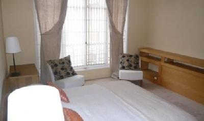 Location Appartement 6 pièce(s) 4 chambre(s)
