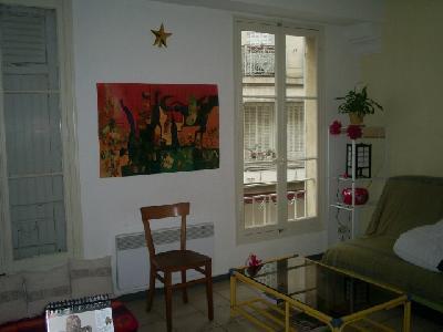 grand studio, proche FAC, plein centre d'Avignon