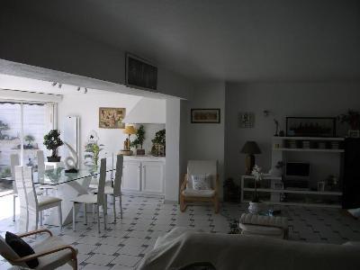 bel appartement de 103 m2,terrasse de 29 m2