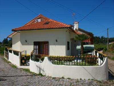 Maison neuve portugal 4750 perelhal barcelos annonce for Annonce maison neuve