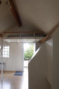 Studio, petite maison + terrasse + garage + cour