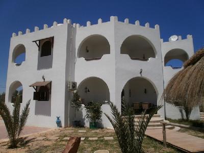 Belle villa avec piscine a Djerba Tunisie, agence immobilier à Djerba