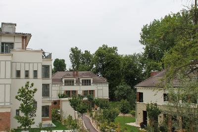 Location 2 pièce(s) 2 chambre(s) Rue de Buzenval à Garches
