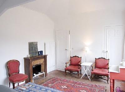Beau Studio de 25m² au Rue du Bac