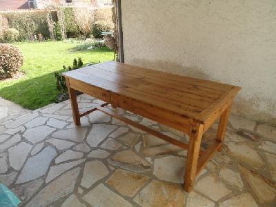 table de ferme en merisier du 19 me annonces gratuites meubles anciens. Black Bedroom Furniture Sets. Home Design Ideas