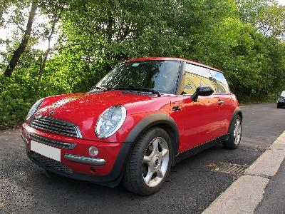 Mini Cooper 1, 6 2003 Ct ok