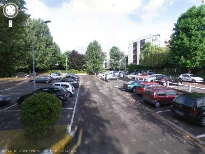 parking le chesnay