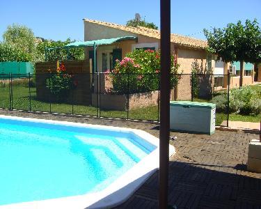 Gens du Nord/Maubeuge louent gîtes T2+piscine cure Gréoux+tourisme Verdon-Proven