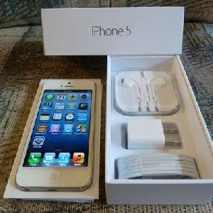 WTS Brand New: Apple Iphone 4S & Apple Iphone 5 64GB $600USD