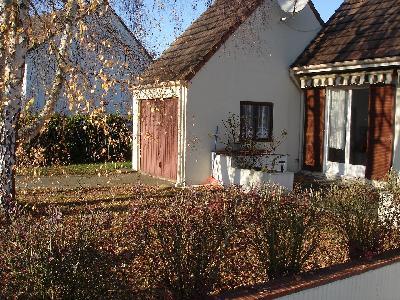 Maison à vendre (15mn de Chantilly, 20mn de Creil, 35mn de Roissy, 40mn de Paris