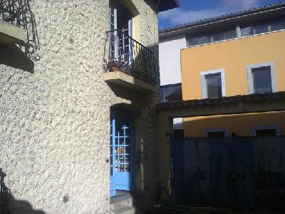 Maison 100 m2 avec cour