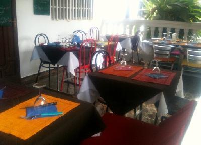 Bail 3/6/9 ans tout commerce  a vendre actuellement restaurant MAYOTTE