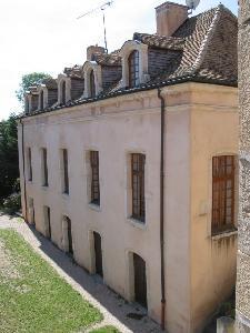 Exceptionnel Château du XIe inscrit aux Monuments Historiques, à seule
