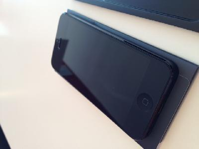 Iphone 5 noir 16 Go
