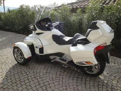 CAN AM Spyder RT-S limited edition 2011
