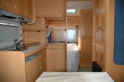 caravane hobby 460 ufe annonces gratuites caravanes adria. Black Bedroom Furniture Sets. Home Design Ideas