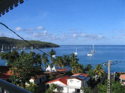 Maison à Grande Anse. Vue Carazïbe, plage à 60m.