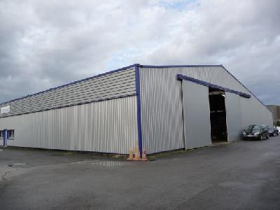 Propriétaire loue entrepôt à 40km PARIS - 20mn ROISSY
