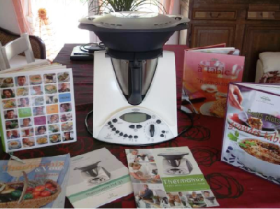 robot thermomix tm31 en tr s bon tat annonces gratuites robot. Black Bedroom Furniture Sets. Home Design Ideas