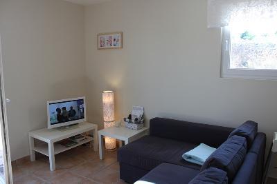 Appartement NEUF au RDC d'une belle propriété