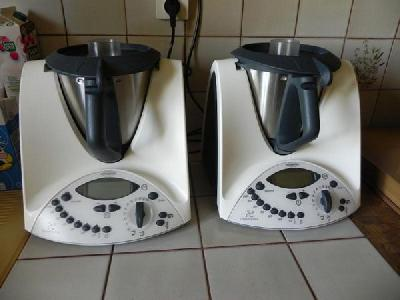 2 robot thermomix tm31 vorwerk annonces gratuites thermomix. Black Bedroom Furniture Sets. Home Design Ideas