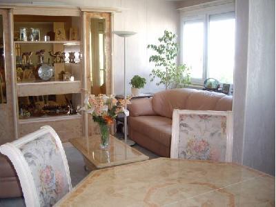 Appartement F4 - 74m² lumineux à Ris-Orangis 91?