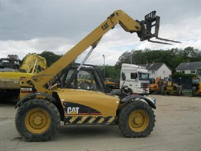 2005 Caterpillar TH330B télescopique