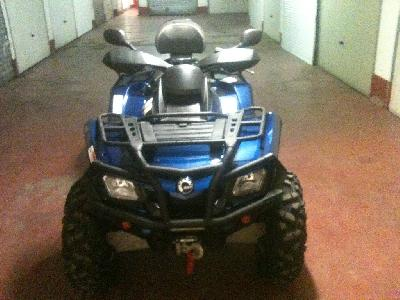 Vend quad CAN-AM bombardier 2011