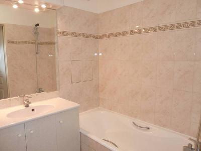 Location meublée appartement 2 pièces 50 m² Levallois-Perret