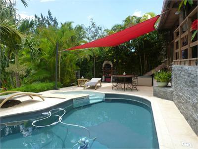 La Montagne, villa F6 de 163m² avec piscine