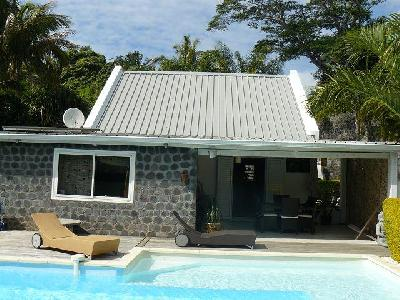 Agréable maison de type F4 avec piscine?