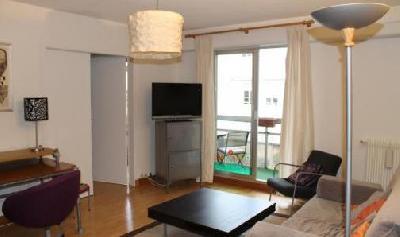 Appartement MEUBLE au 2eme étage dans un immeuble de standing