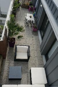 Duplex 110 m2 dernier étage avec terrasses GARE Centre