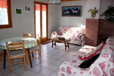 PROMOTION : 250 euros jusqu'au 5 juillet 2014 Gîte de France spacieux (fermette