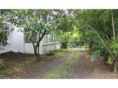 Belle villa de standing de type F6 de 250m² habitable sur 990m² de terrain