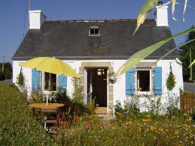 Chaleureux petit gite Bretagne dans les Monts d'Arrée, 30 mn mer