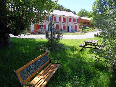 Grande et belle demeure rénovée entre Sisteron et Gap en Provence des Montagnes