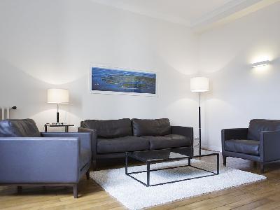 Spacieux studio t1 meubl r nov dans l 39 hyper centre for Studio meuble bordeaux