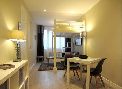 Appartement studio RUE DE BOULAINVILLIERS, PARIS 16??