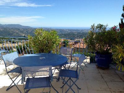 Maison meublée avec jardin et terrasse panoramiques