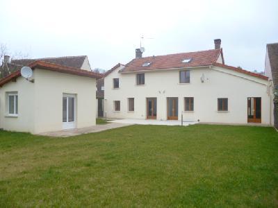 Location d'une maison 8 pièces à Saint Nom la Bretèche