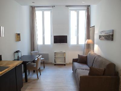 Charmant T2 de 35 m² à deux pas du Vieux Port? sur Marseille1