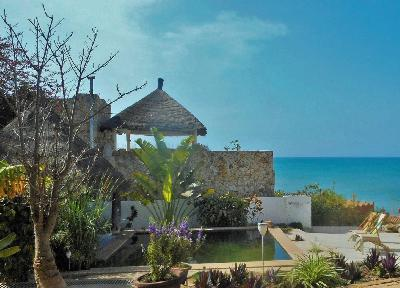 Authenticité, plage à 20, piscine naturelle, vue panoramique océan