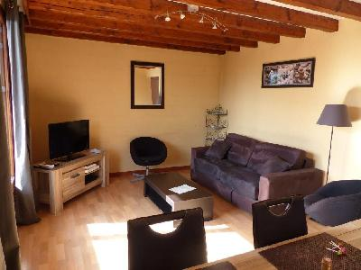 Appartement meublé type F2 à 500m de la vieille ville