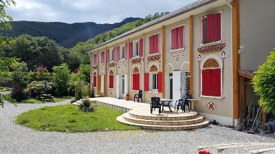 Résidence d'exception en Provence des Montagnes