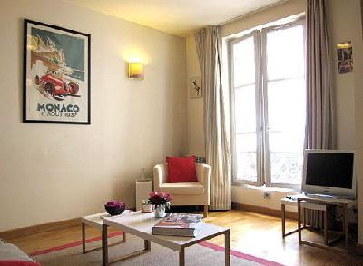 jolie studio 22m2 meublé sur paris 4ème