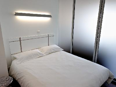 Les concepteurs artistiques location studio meuble paris 15e for Location studio meuble paris 15
